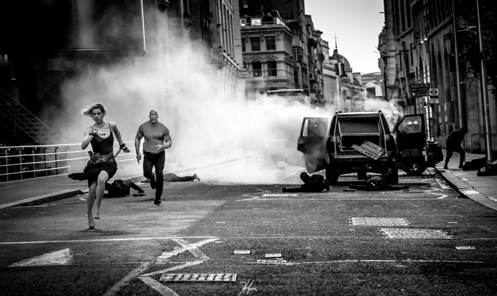 A glimpse of @TheRock as #Hobbs chasing the incredible @VanessaKirby as #Hattie through the streets of #London. After our first take we all looked at each other and said the same thing. Damn she's fast!! 😂🔥🔥@HobbsAndShaw @SevenBucksProd #ChrisMorganProductions @UniversalPics