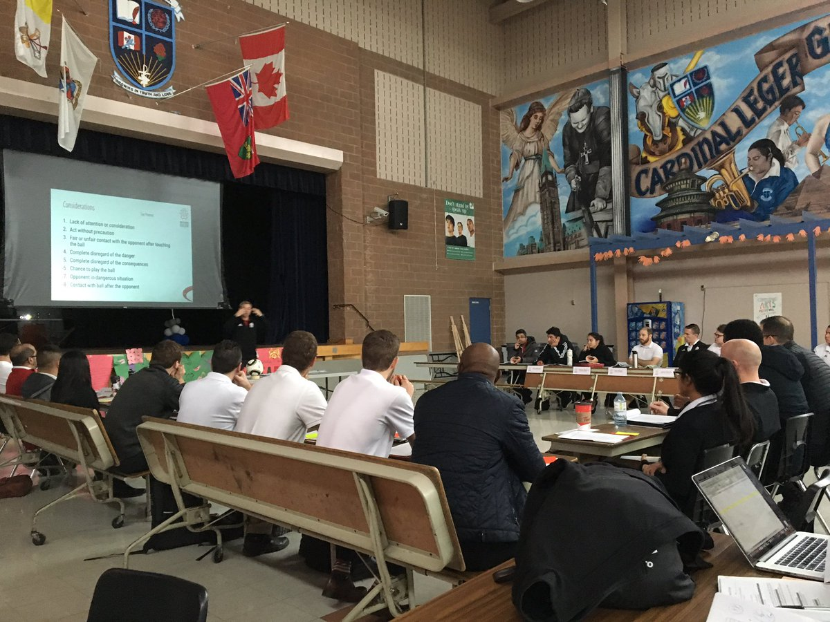 2018/19 Regional & Provincial Upgrading well underway! Spending the weekend with this great group ⚽☺️ #playinspireunite #ontariosoccer #matchofficials #refereelife #alwayslearning