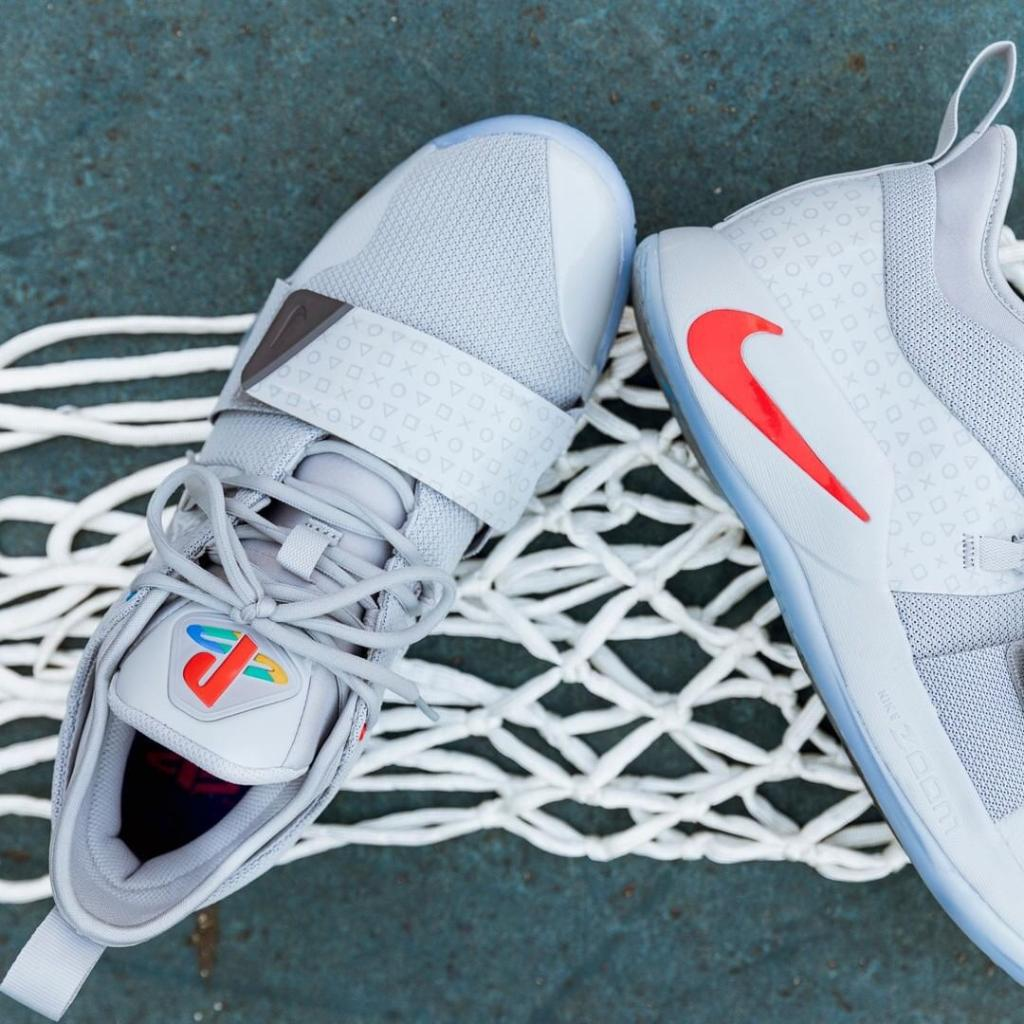 "df6132ddc77d  Nike PG 2.5 ""Playstation"" 👀 . Available online now. Huge shout out to our  raffle winners who are picking up in-stores today https   bit.ly 2zzHabQ .  ..."