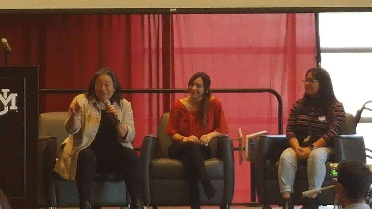 @USOWomen Tina Tchen with Janelle Astorga @learningalliance & Kenia Alonzo @genjust share how we can stay engaged