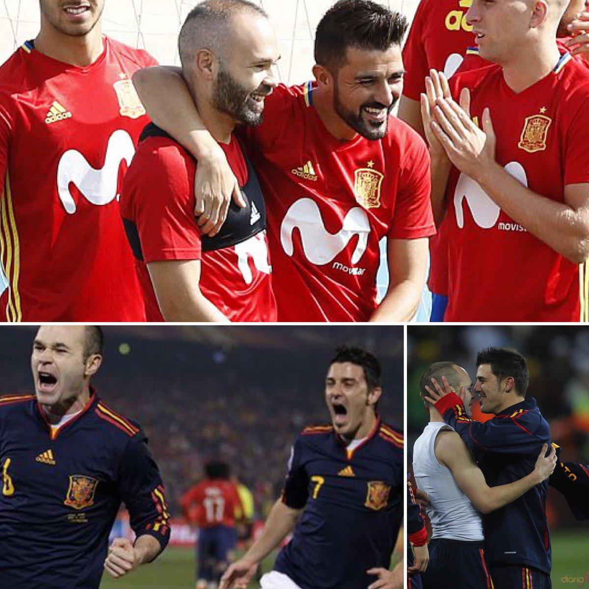 """Iniesta & Villa Dos """"hermanos"""" que se vuelven a juntar!!! Dos futbolistas que nos dieron alegrías históricas !!! Afortunados los japoneses...disfrutaréis de dos de los más GRANDES!!!"""