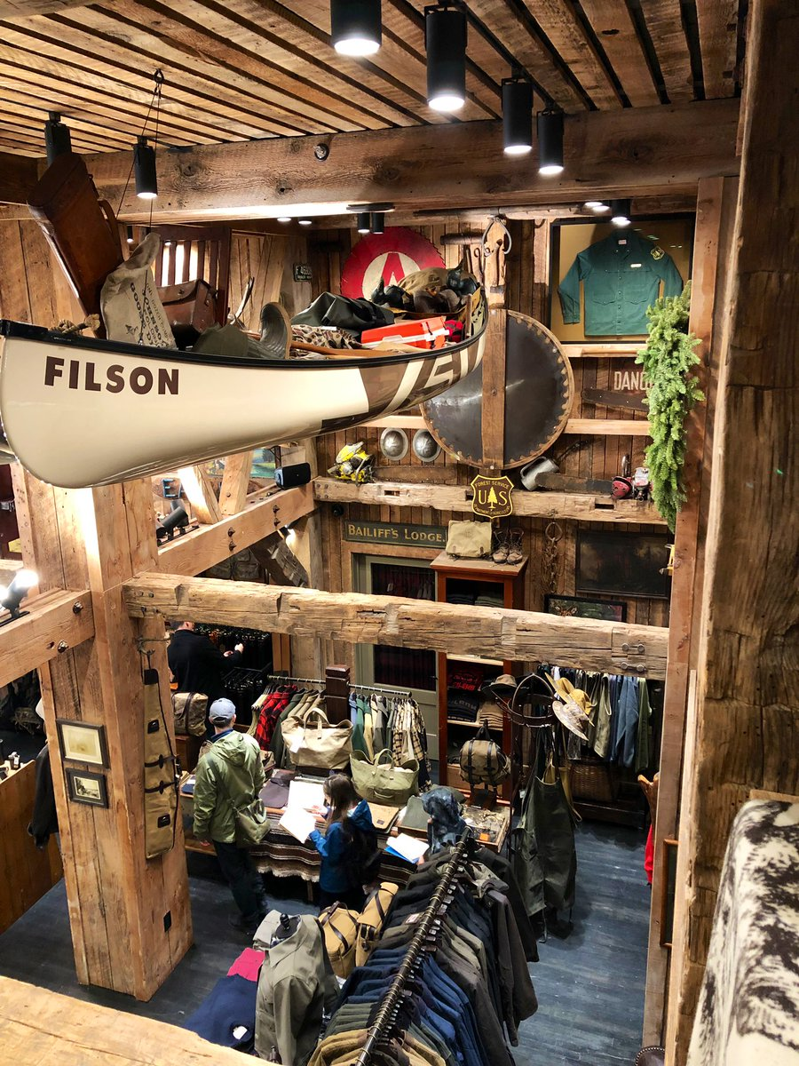 Probably the coolest retail experience I've had in a while. For a second I forgot I was in NYC. Well done, @Filson !