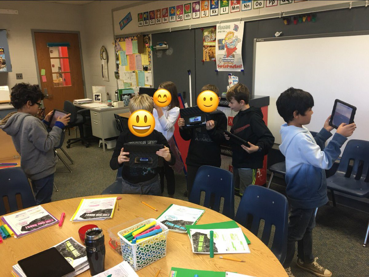 My students went on a mission to Mars with <a target='_blank' href='http://search.twitter.com/search?q=Google'><a target='_blank' href='https://twitter.com/hashtag/Google?src=hash'>#Google</a></a> <a target='_blank' href='http://search.twitter.com/search?q=accessmarswithgoogle'><a target='_blank' href='https://twitter.com/hashtag/accessmarswithgoogle?src=hash'>#accessmarswithgoogle</a></a> <a target='_blank' href='https://t.co/h0pKli97Gi'>https://t.co/h0pKli97Gi</a> <a target='_blank' href='https://t.co/Q10cM6QkbL'>https://t.co/Q10cM6QkbL</a>