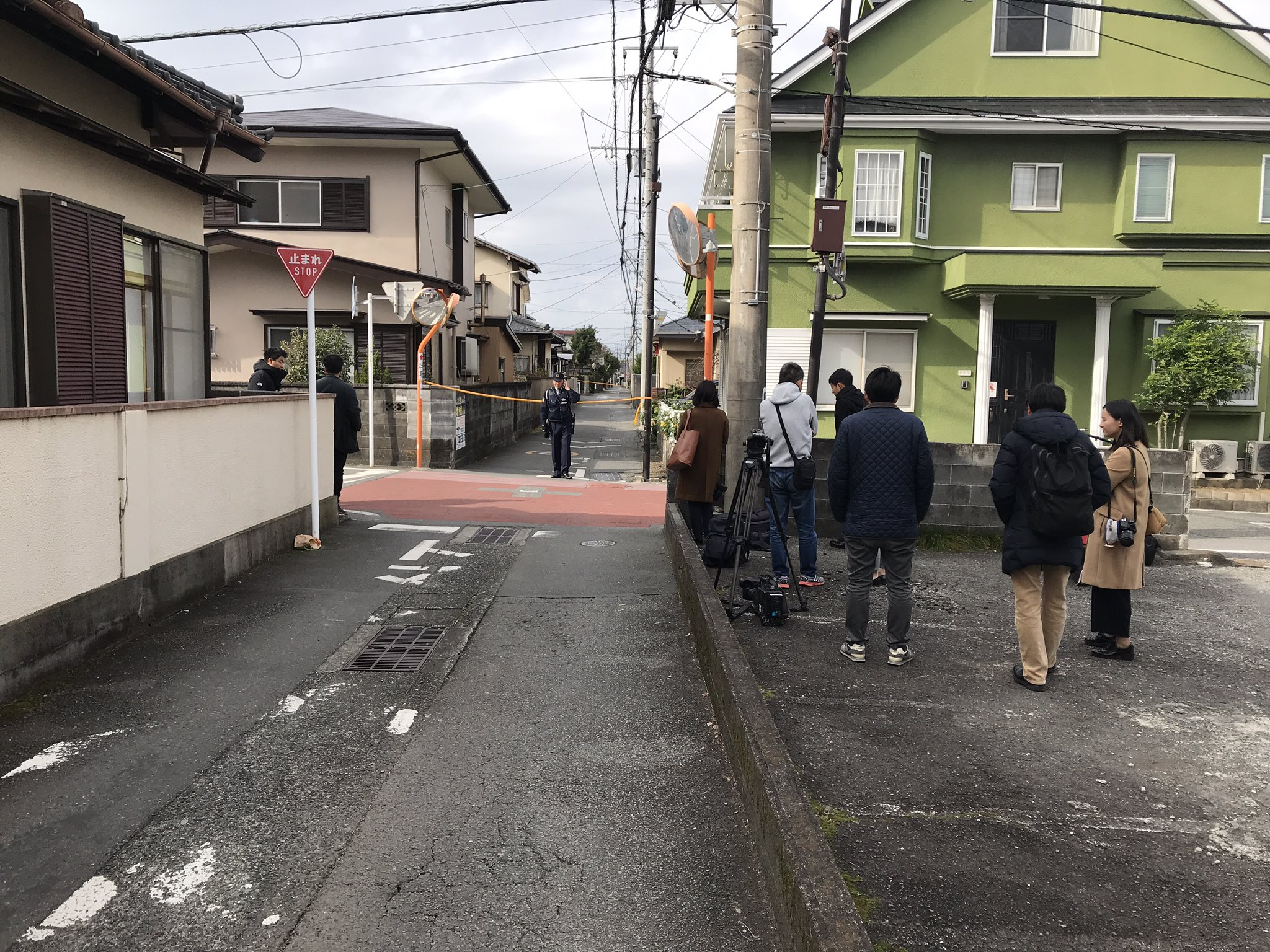 画像,静岡県沼津市原で事件発生。殺人事件?との情報も。 https://t.co/ejiztZcNJS。