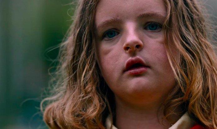 画面に映るだけで凄く不安になるオブザイヤー新人賞:ミリー・シャピロ(ヘレディタリー/継承) 大賞:アンドレア・ライズボロー(マンディ 地獄のロード・
