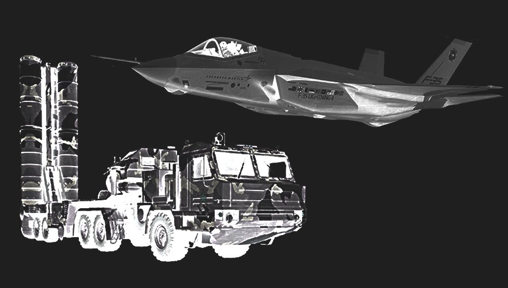 Американцы боятся подставлять свою вундервафлю под реальное испытание С-400