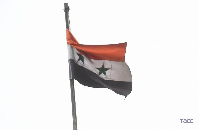 ПВО Сирии отразили авиаудар на международный аэропорт Дамаска, сообщают СМИ: https://t.co/XbKo3Q9nTN