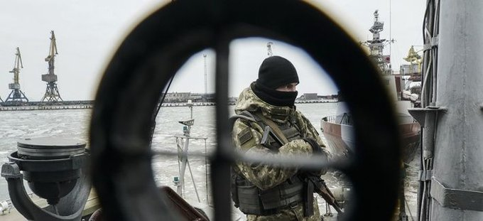Russia launched cyber attacks against Ukraine before the ship seizures in the Sea of Azov, reports @DefTechPat | Фото