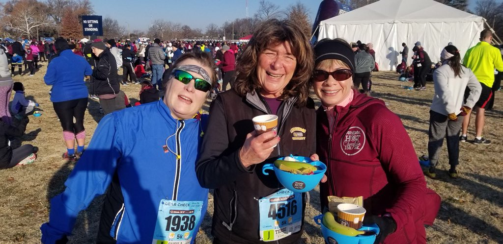 Why do I sign up for winter races?? Because they're FUN...after the frigid wears off!! 😬 #HC15K #WillRunForChocolate @sheilacondon @photogal5 – at Forest Park