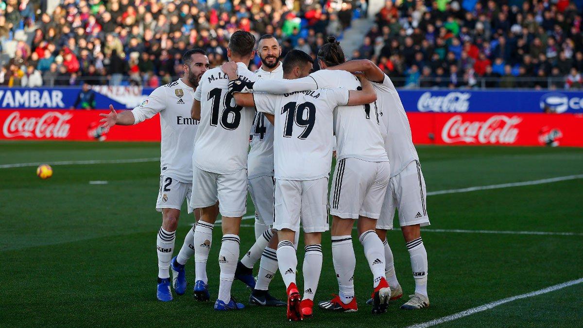 Los jugadores del Real Madrid celebran el gol de Bale (Foto: Real Madrid).