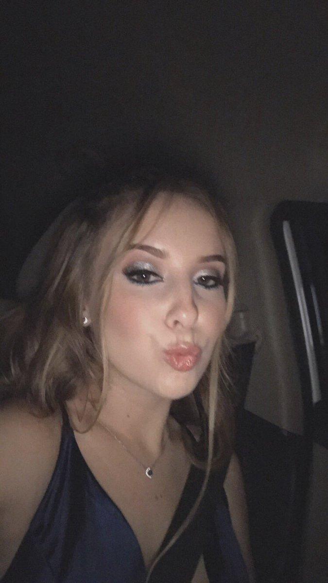 Twitter Rachel MFC nude photos 2019