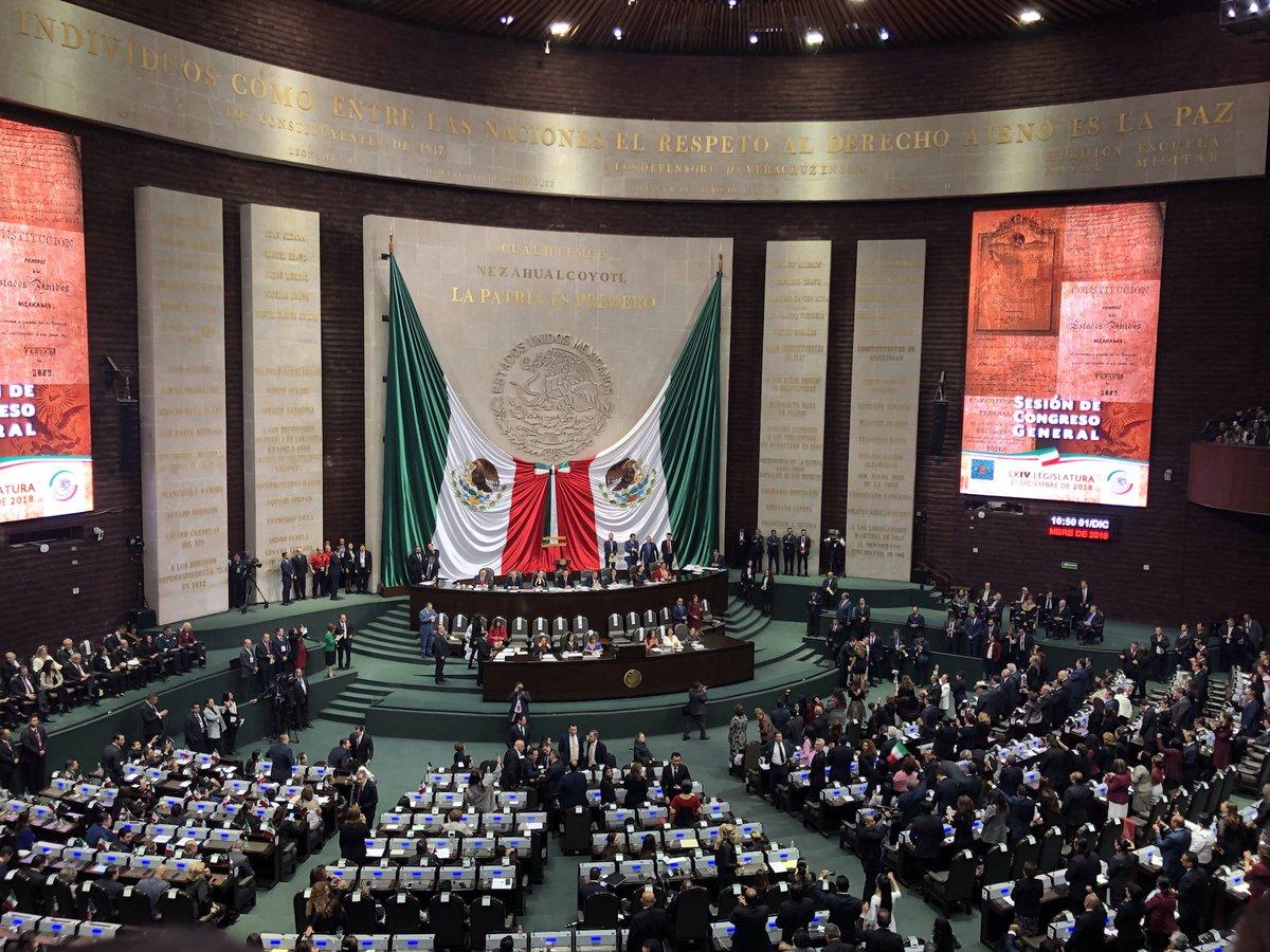 """""""Mexiko ist für uns ein wichtiger Partner, mit dem wir zukünftig noch enger zusammenarbeiten wollen."""" Staatsminister @NielsAnnen nahm für die Bundesregierung an der Amtseinführung des mexikanischen Präsidenten @lopezobrador_ teil. Mehr dazu: https://t.co/a0JkkwA4da"""