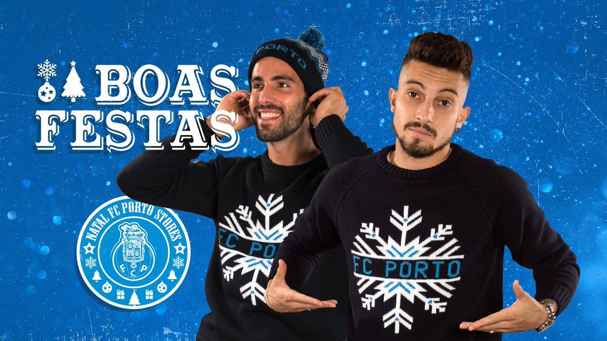 No Dragão, o Natal é para campeões. Visita as FC Porto Stores e descobre as novidades que vão tornar o teu Natal mais azul 💙 Loja online👉  http://bit.ly/2SA9ZLZ #FCPorto #NatalFCPorto #FCPortoStores