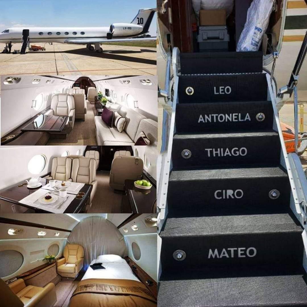 Messi plane