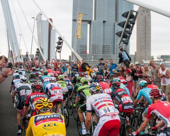 Rotterdam wil start Tour de France https://t.co/S9sWKQaH4X https://t.co/hQgU6qzsFp