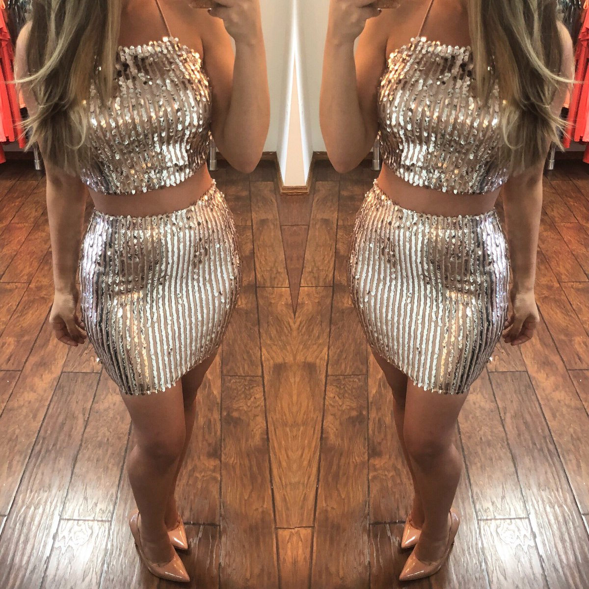 0730877701f ...  christmas  silver  newyears  NewYearsEve  holiday  fashionstyle   onlineshopping  onlinestore  trends  shinepic.twitter.com IwDxIUdaVi – at Zil  boutique