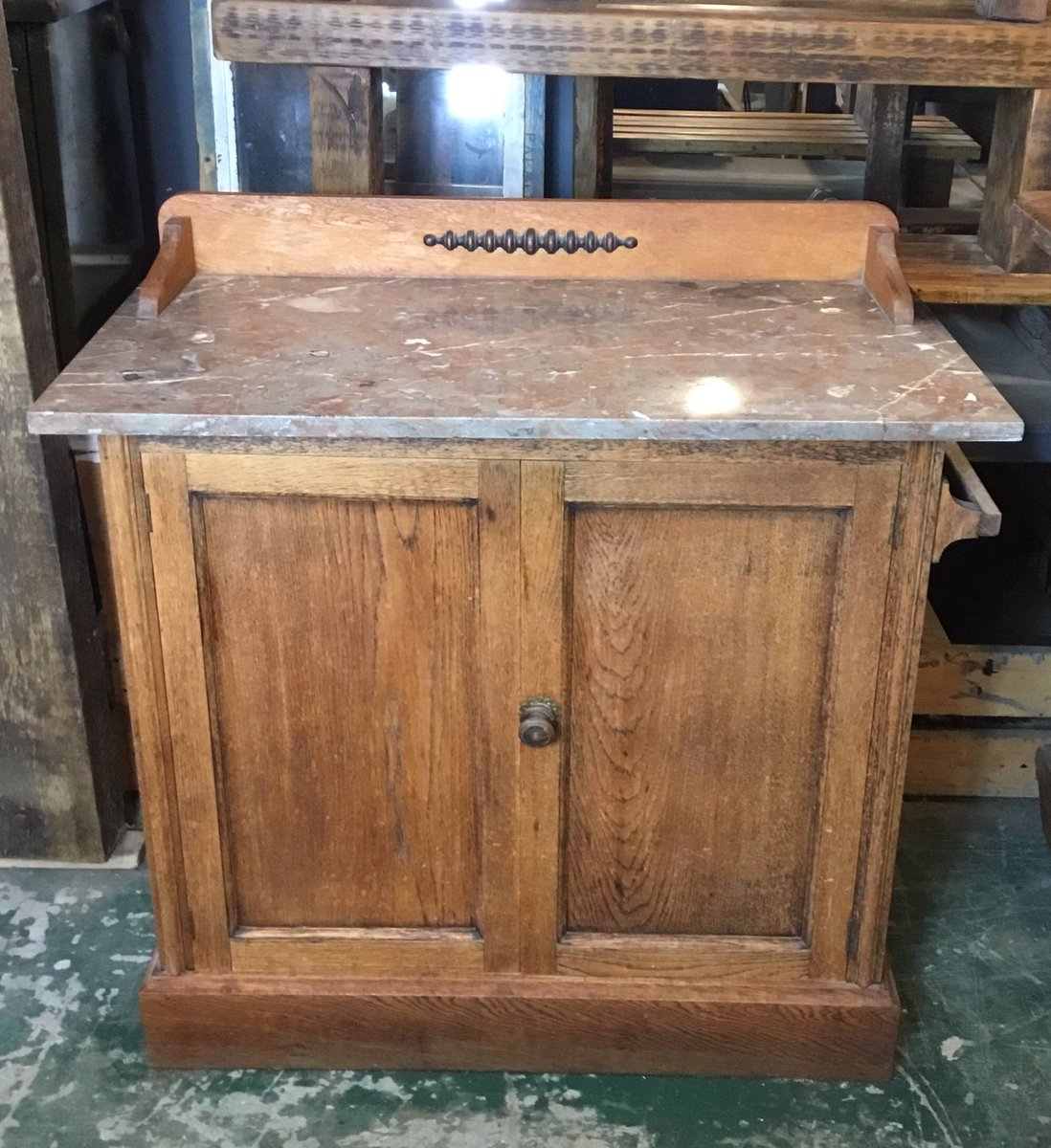 Lovely old Washstand now on our website.  Price inc. delivery. #vintagefurniture #countrystyle #countryhouse #antiques #oswestry #smallbusiness #independentbusiness