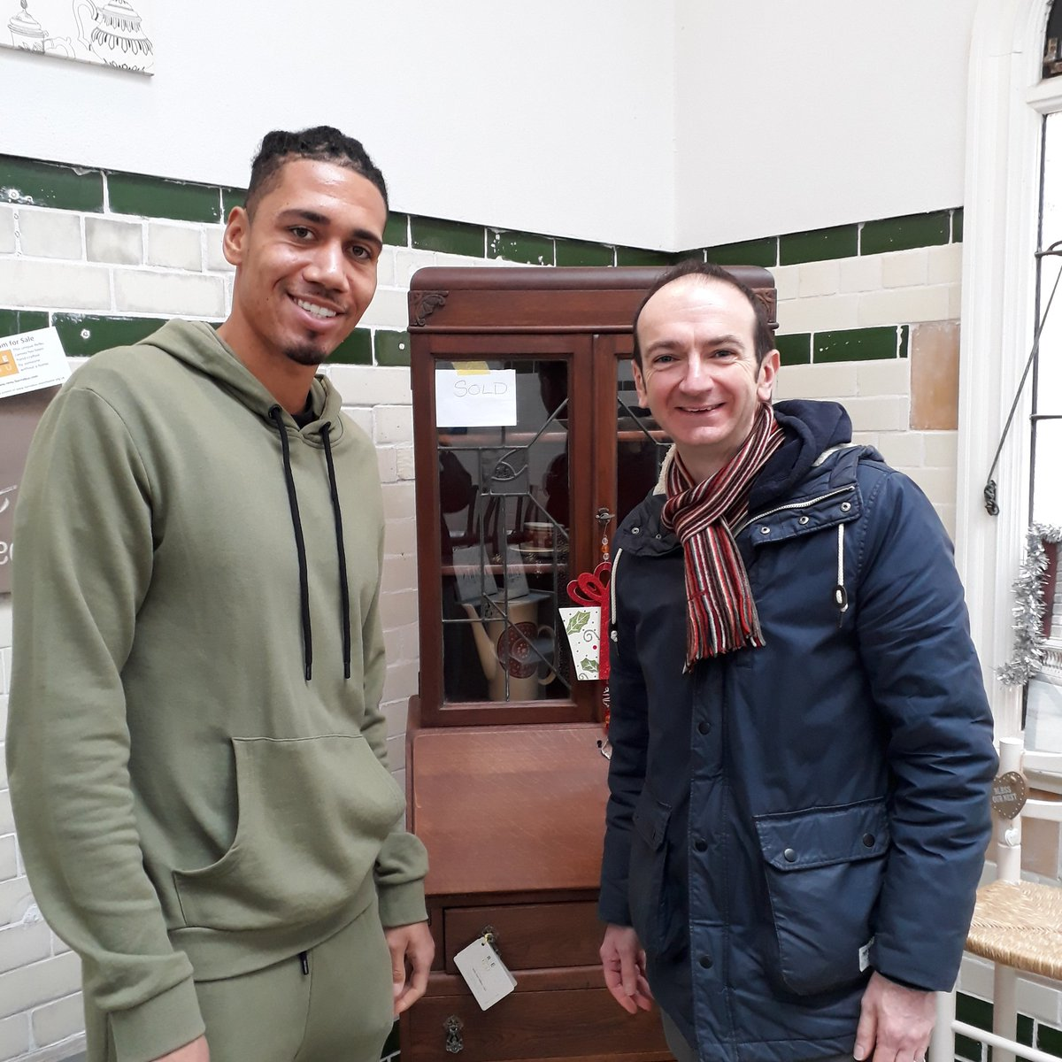 Thanks to @ChrisSmalling for popping by the #veganchristmasfestival and our #renu showcase - head over to his Facebook page to join his #29for29 campaign -  & see more furniture at http://www.renu-barnabus.com  #hope #vegan #endinghomelessnessmcr – at Victoria Baths