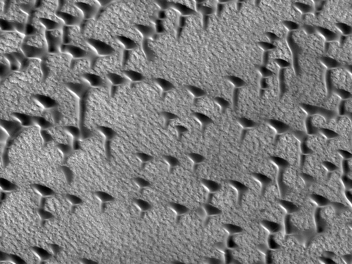Hirise Nasa Twitter Infrared Video Of A Hovering Lander Alt 317 Km Less Than 5 Across Jpl U Niversity Arizona Https Uahiriseorg Esp 054148 2555 Pic Fhye5knnh6