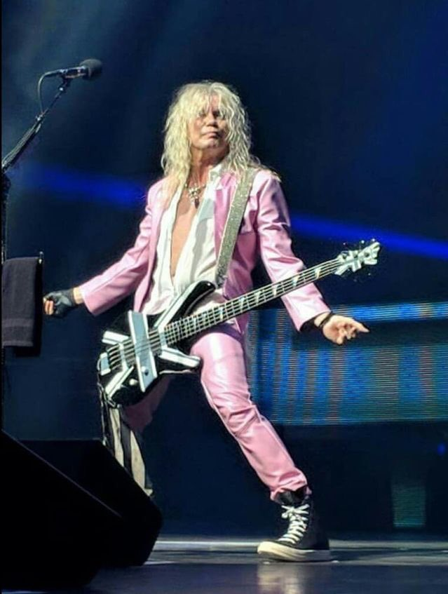 Happy birthday Rick Savage always giving 1000%