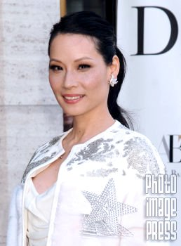 Happy Birthday Wishes to this lovely lady Lucy Liu!