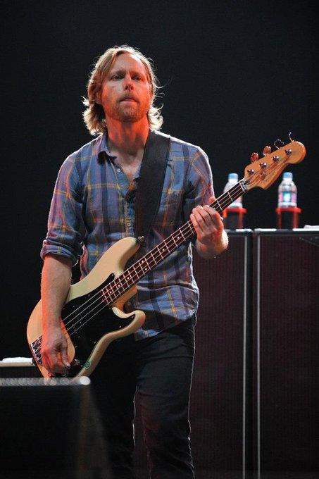 Happy birthday to the amazing bassist Nate Mendel from
