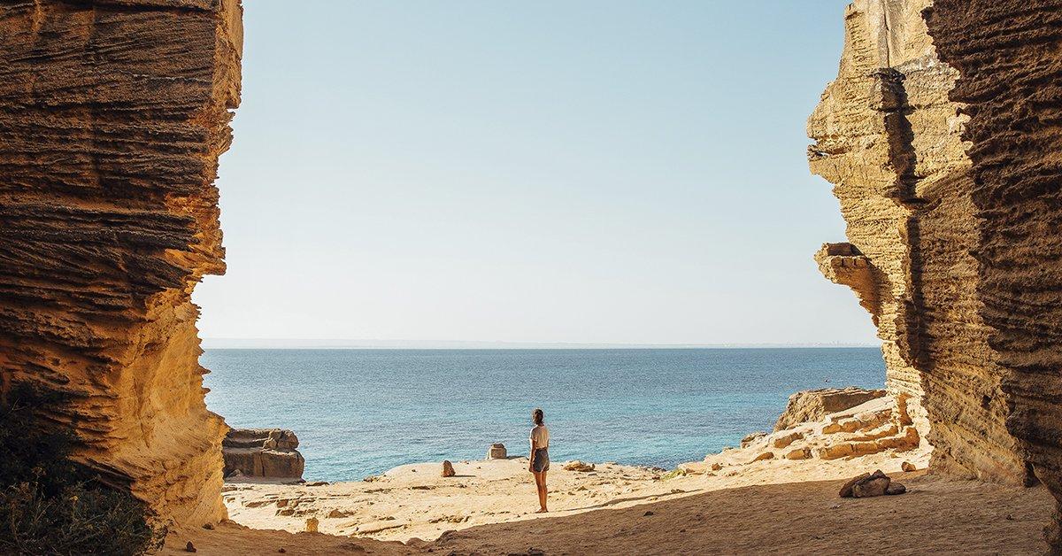 Bue Marino, Sicily #EstrellaGuide Discover more secrets of this Mediterranean spot here: https://t.co/5O1UBNIrTn https://t.co/b0mRtXDPJ0
