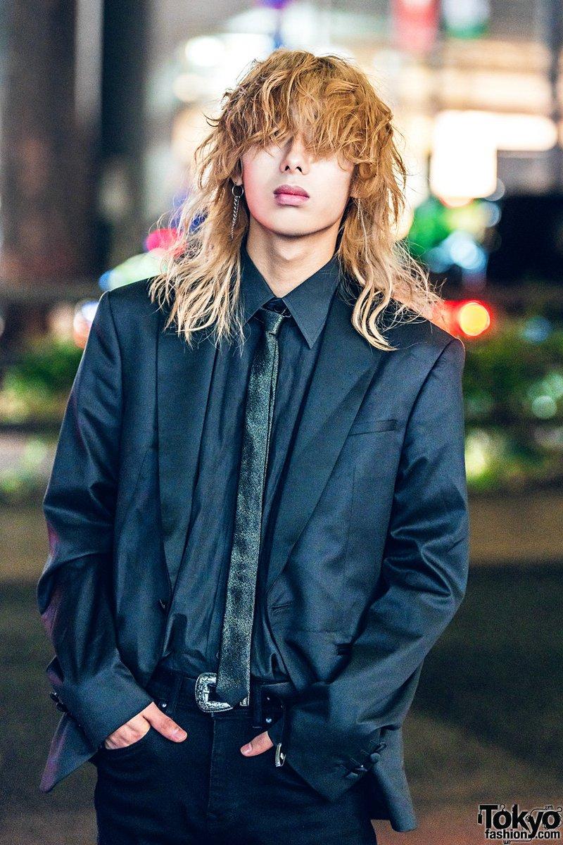 Sandy blonde japanese boy lick pussy