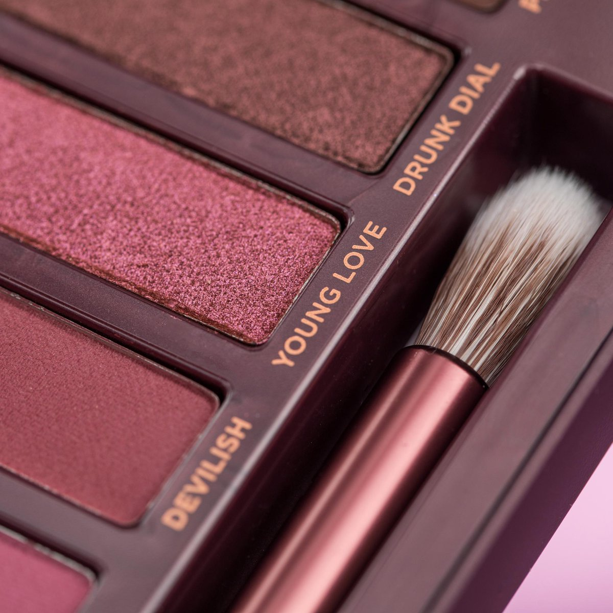 Funny how these three shades wound up next to each other...no? 🍒 #UrbanDecay #NakedCherry #🍒