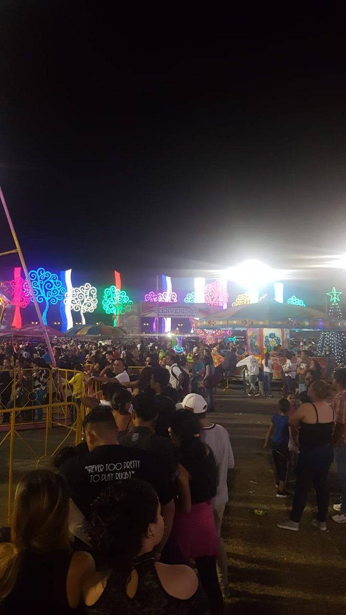 El 19 Digital On Twitter La Feria Del Comercio Navideno Instalada