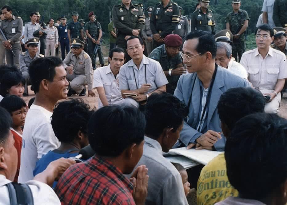 พ่อทำงานอย่างหนักเพื่อต้องการให้ประชาชนอยู่ดีมีสุข คิดถึงพ่อ #ในหลวงรัชกาลที่9 #DITR302