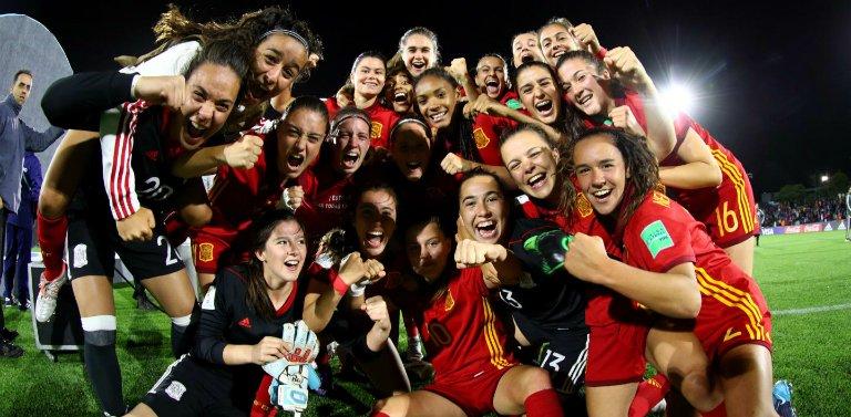 🏆 Las andaluzas Teresa Mérida @teresamerida4 y María López se han proclamado campeonas del Mundo con la @SeFutbolFem Sub-17 en un gran torneo 👉 https://bit.ly/2PfkoLd  #U17WWC #Campeonisimas #TodasAporElMundial