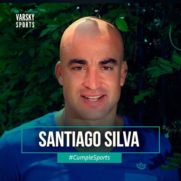 Campeón de Primera con Banfield, Vélez, Boca y de la Copa Sudamericana con Lanús. #CumpleSports Tanque Silva, 9 de área y ganador. Foto
