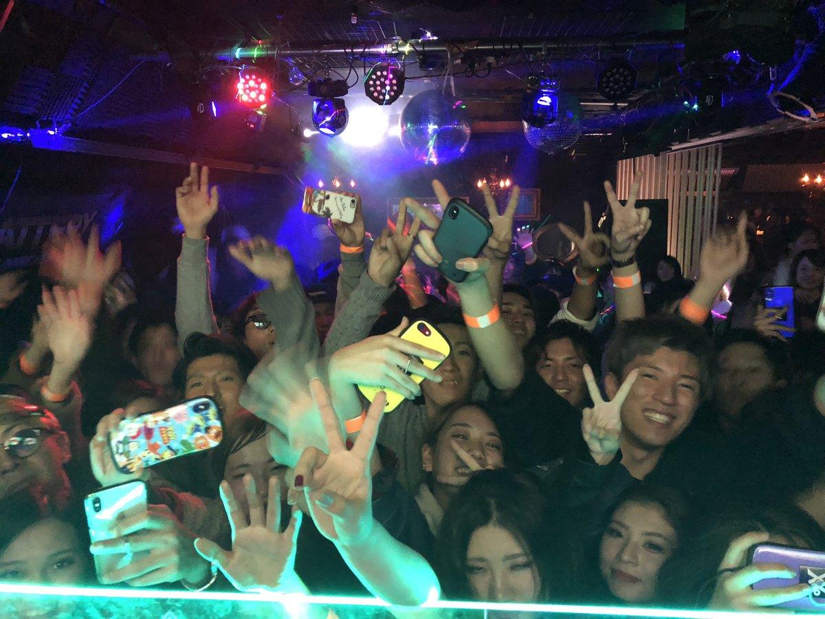12月14日(金)は‼️名古屋に行きます‼️お問い合わせ等は、@KUJIRA_nagoya にお願いします‼️p.s. 岡山ありがとうございました。写真を撮るのが下手ですが、盛り上がってくれて397!