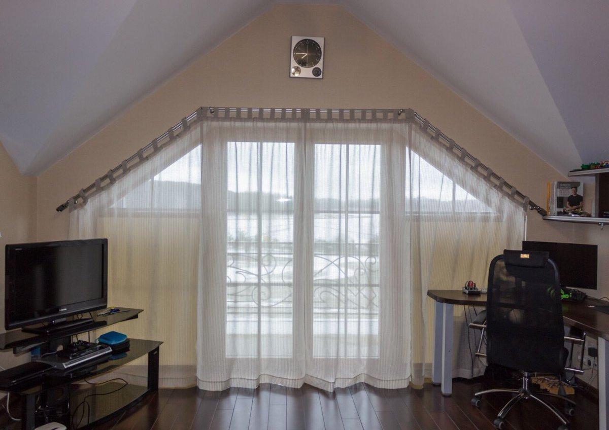 Как оформить окна на мансарде фото