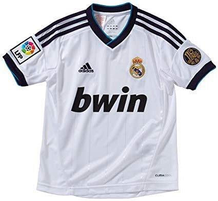 Primer jugador que se te viene a la cabeza con esta camiseta: _________  #UCL @Nissan_ESP
