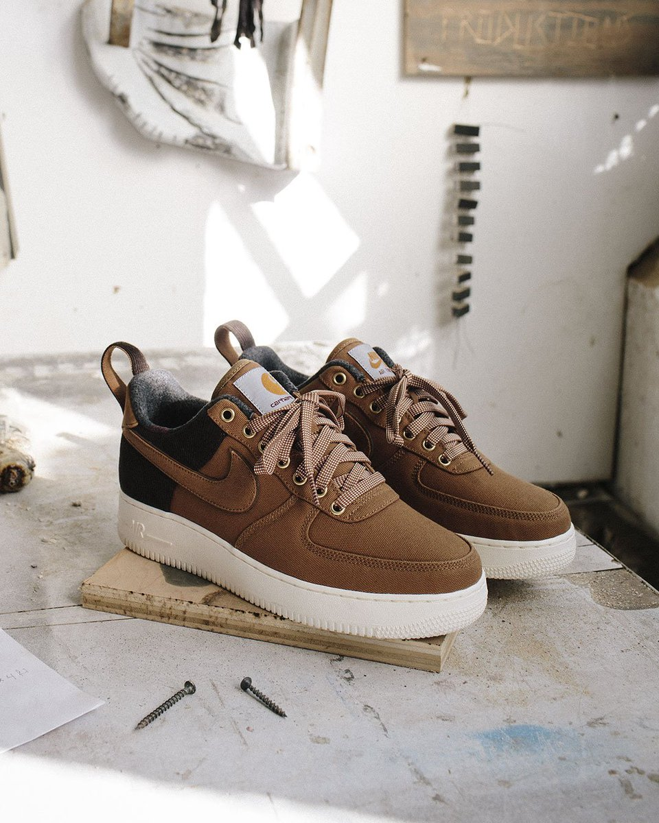 90af1aa499 Available from December 6th in stores and online at http://carhartt-wip.com  . Online release at 7am CET / 10am EST / 7am PST.pic.twitter.com/565UdRn321