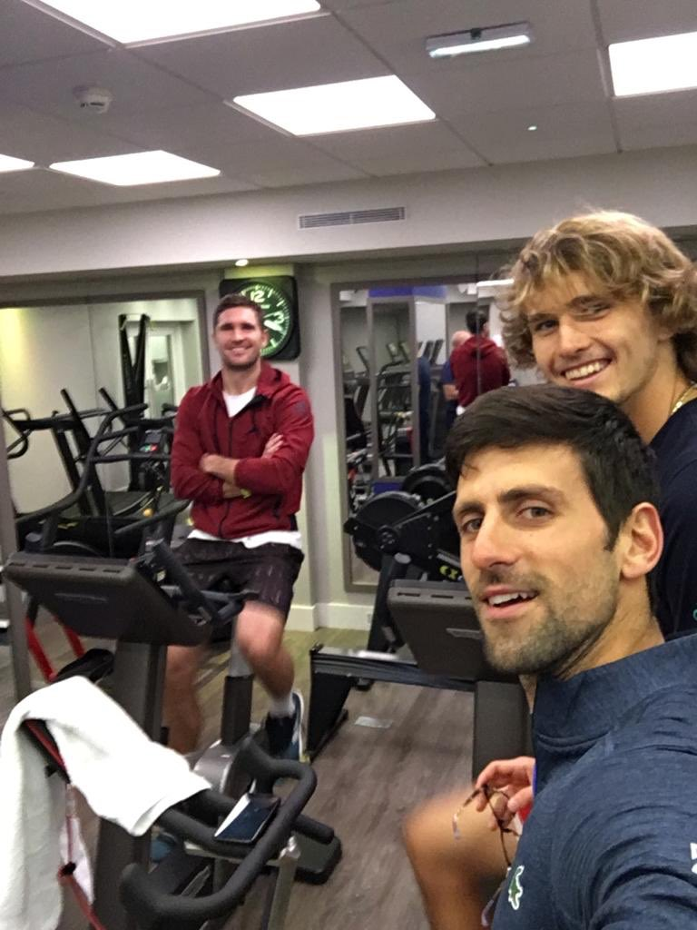 Can't get away from #Zverev brothers 😃🤙