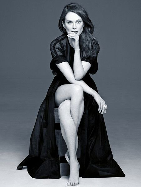Happy Birthday to Julianne Moore!