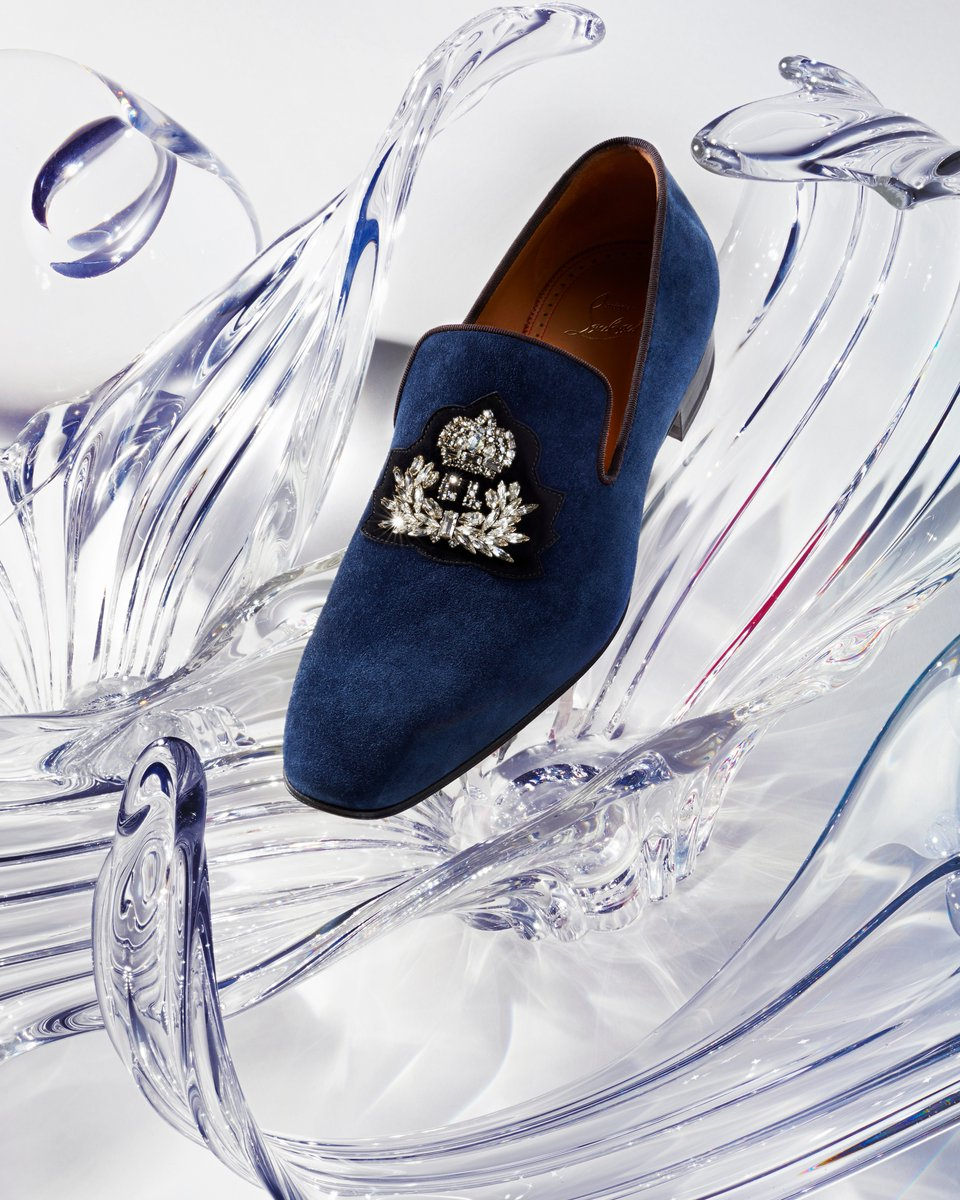 3d6425a15051  Louboutin s Logo Dandelion loafer is fit for a modern-day prince charming.   ChristianLouboutin  RedSoles http   bit.ly 2E9umNd pic.twitter .com GsrO2gLWTs