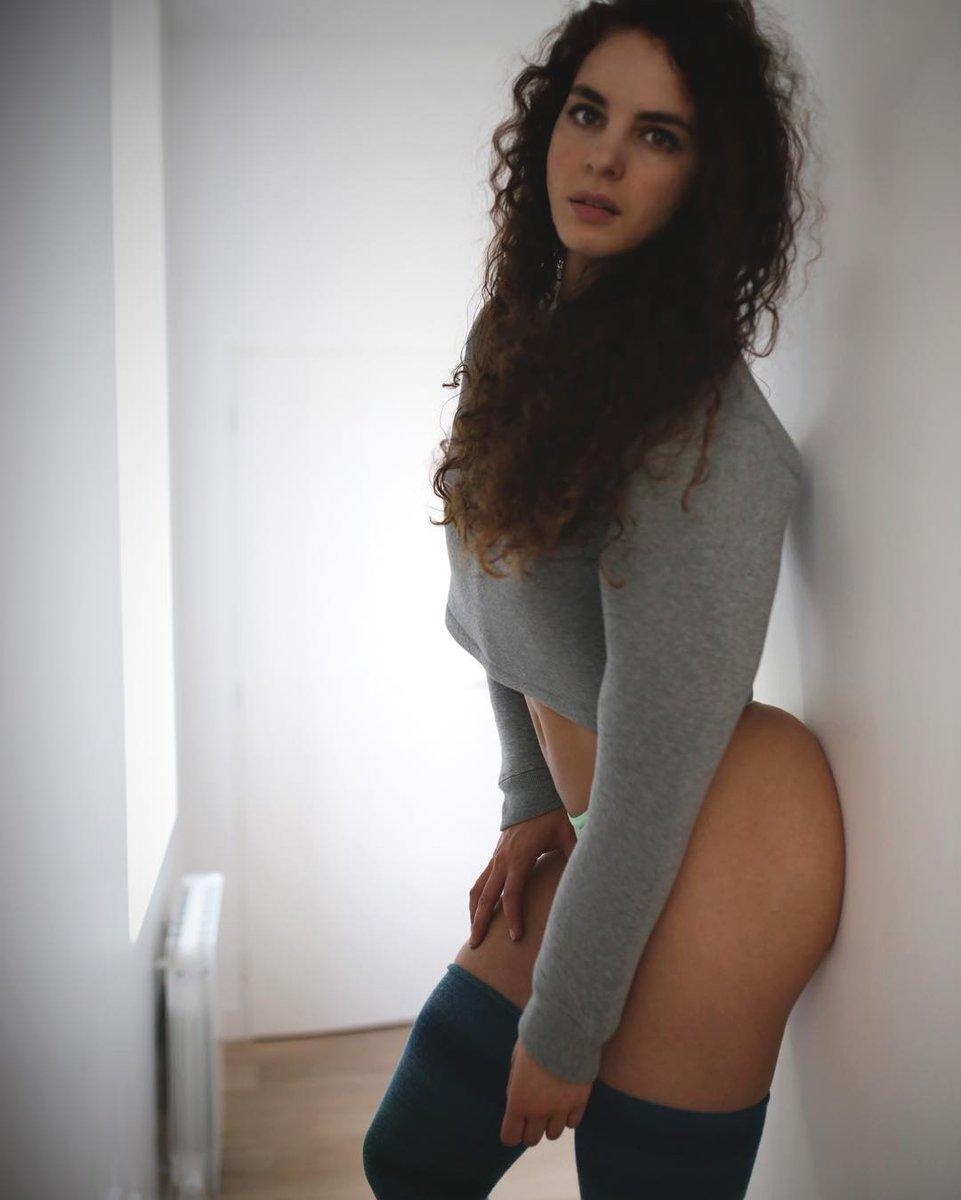 Sexy Latina Lesbian Scenes