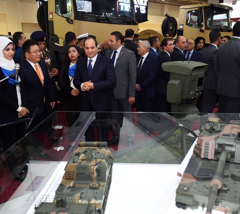 ثمرة التعاون الصناعى العسكرى المصرى الكورى الجنوبى ، تصنيع المدفع الكورى K-9 Thunder - صفحة 2 DtheJGSXcAAD0Iz