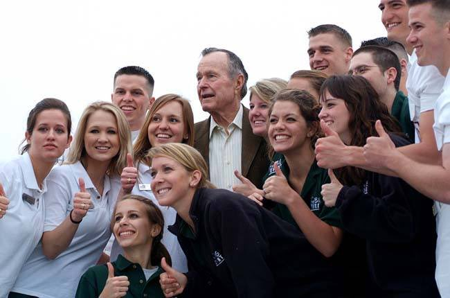 Do you have a story of meeting President George H.W. Bush on campus? We would love to hear it! Share it with #Honoring41.