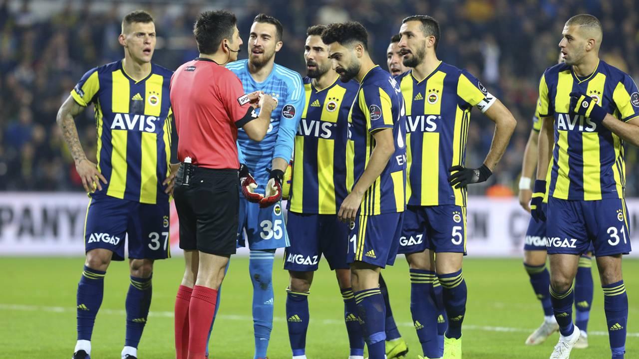 Kural hatası var denen Fenerbahçe-Kasımpaşa maçının hakem raporu ortaya çıktı 36