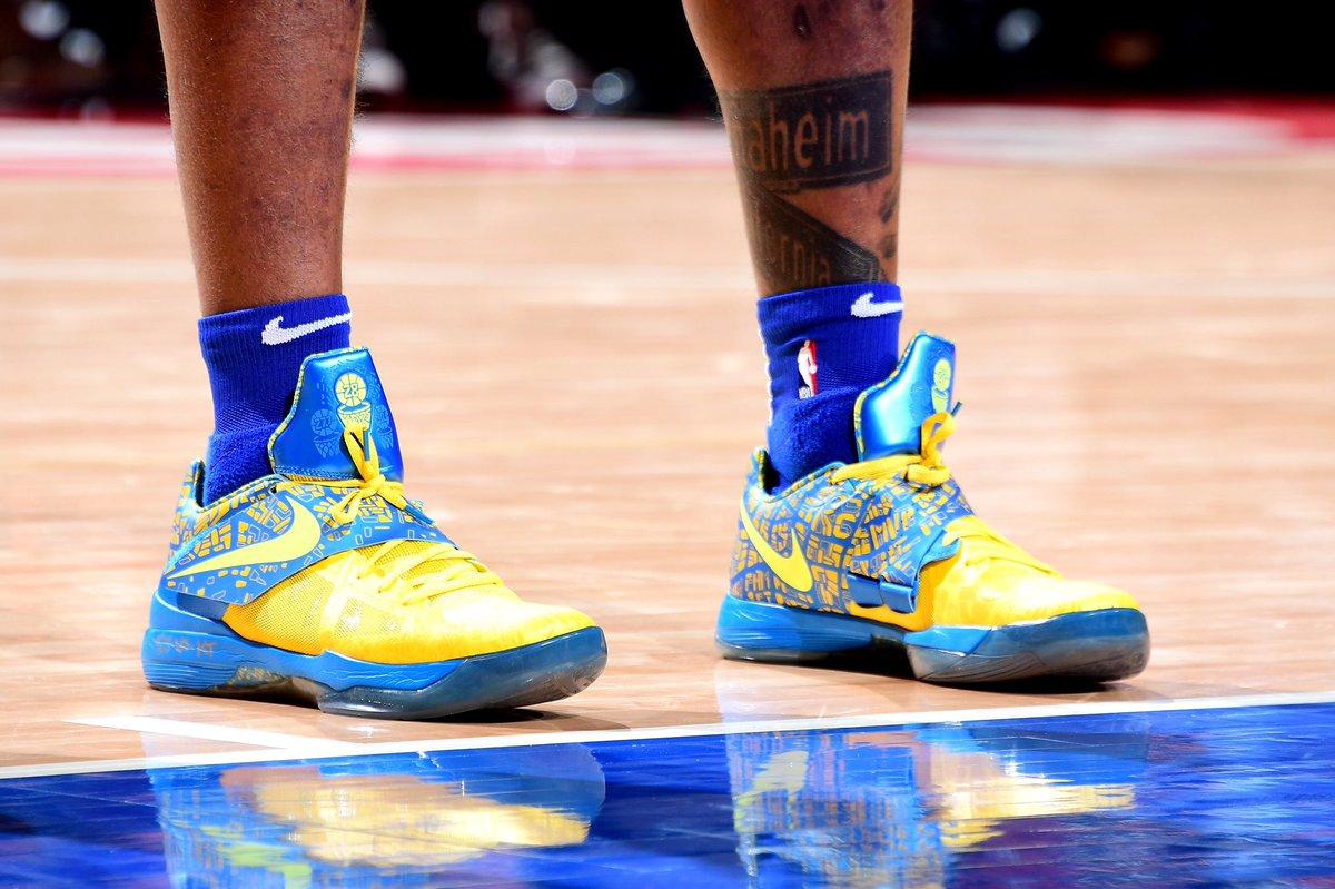 """Scoring Title"""" Nike KD 4"""