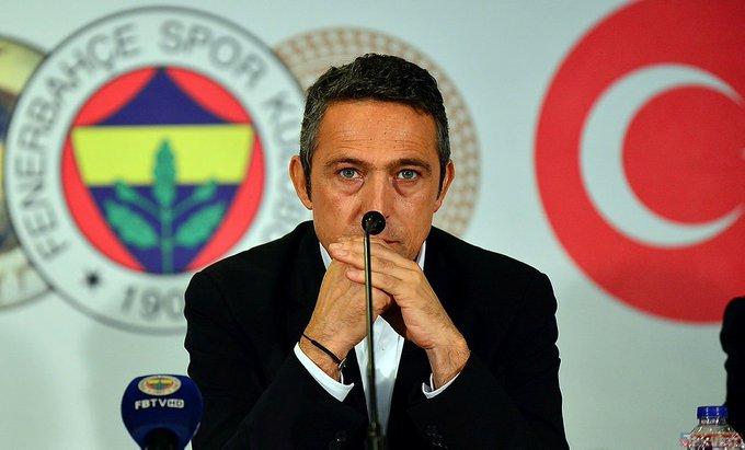 Rıdvan Dilmen: Fenerbahçe taraftarlarının artık tahamülü kalmadı. Sabah işe gittiklerinde makara yapılıyor. Başkan, siz artık sahneye çıkacaksınız. Buna mecbursunuz. Eğer sahneye çıkmazsanız bu şansınızı kaybedersiniz. Önünüzde daha 20 hafta var 🔶🔷 Fotoğraf