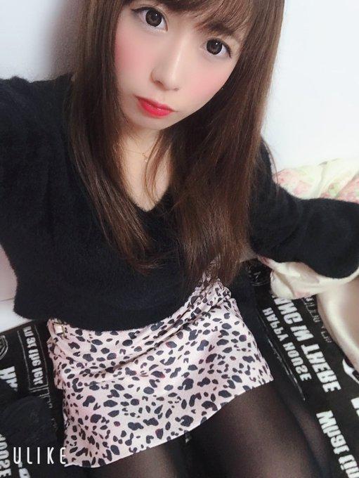 グラビアアイドル桜りんのTwitter自撮りエロ画像2