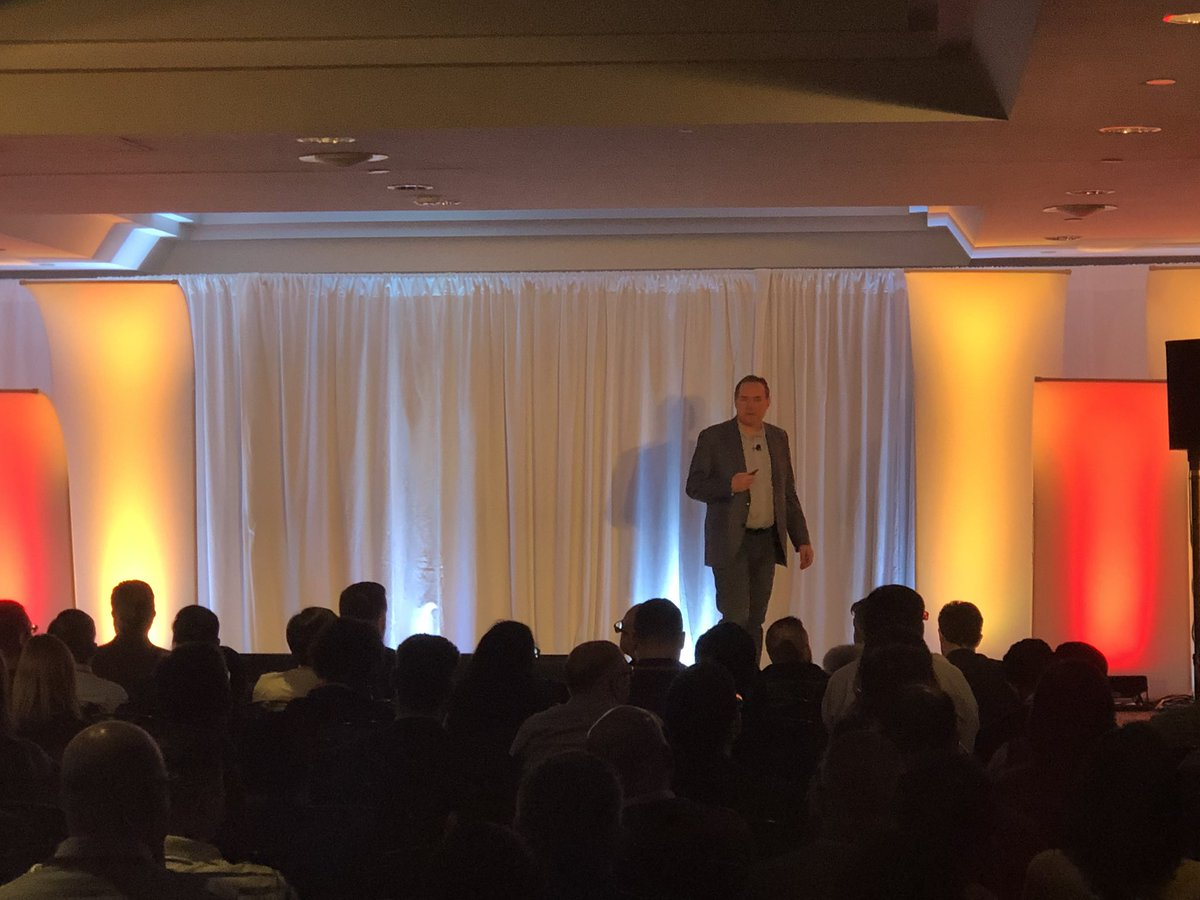 Bob Dutcher VP of @OracleBigData & @OracleAnalytics shares oracle cloud strategy #OracleCloudDay delivering keynote to packed house in Toronto<br>http://pic.twitter.com/zUSF3DiJYI