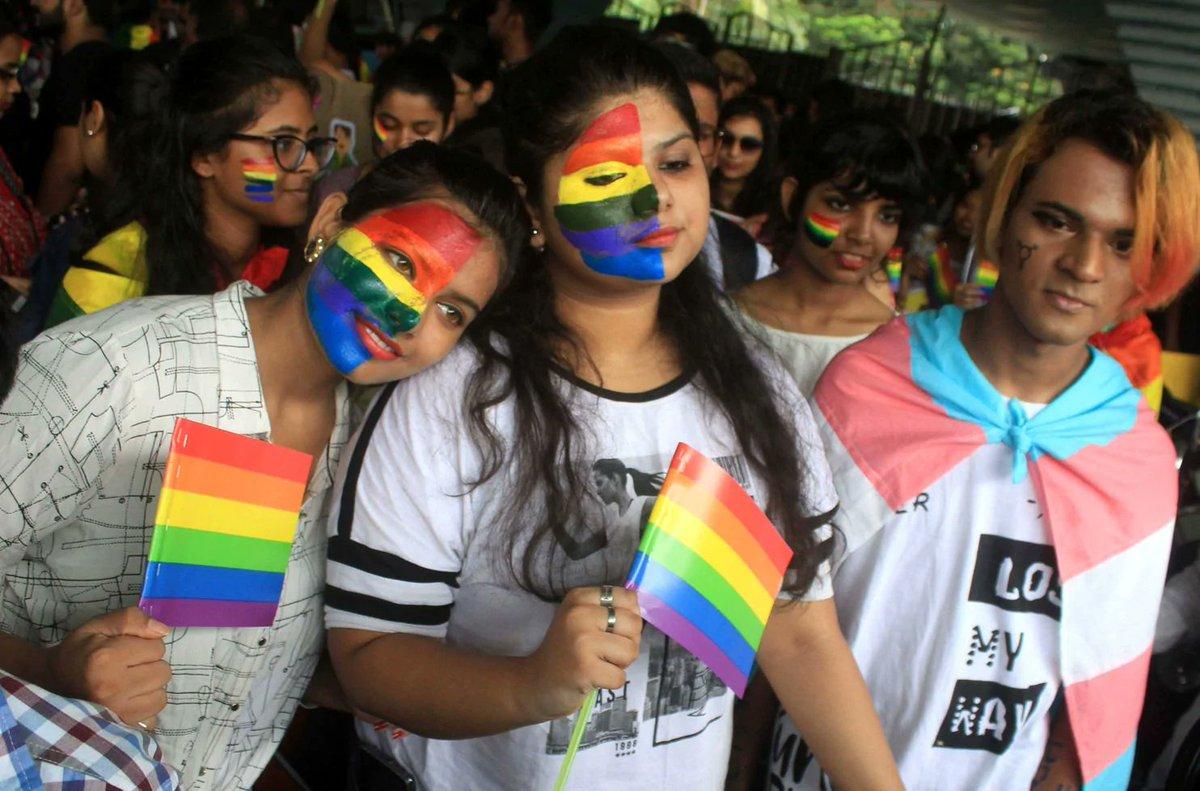 homosexuality-debate-lebanon-porn-photos