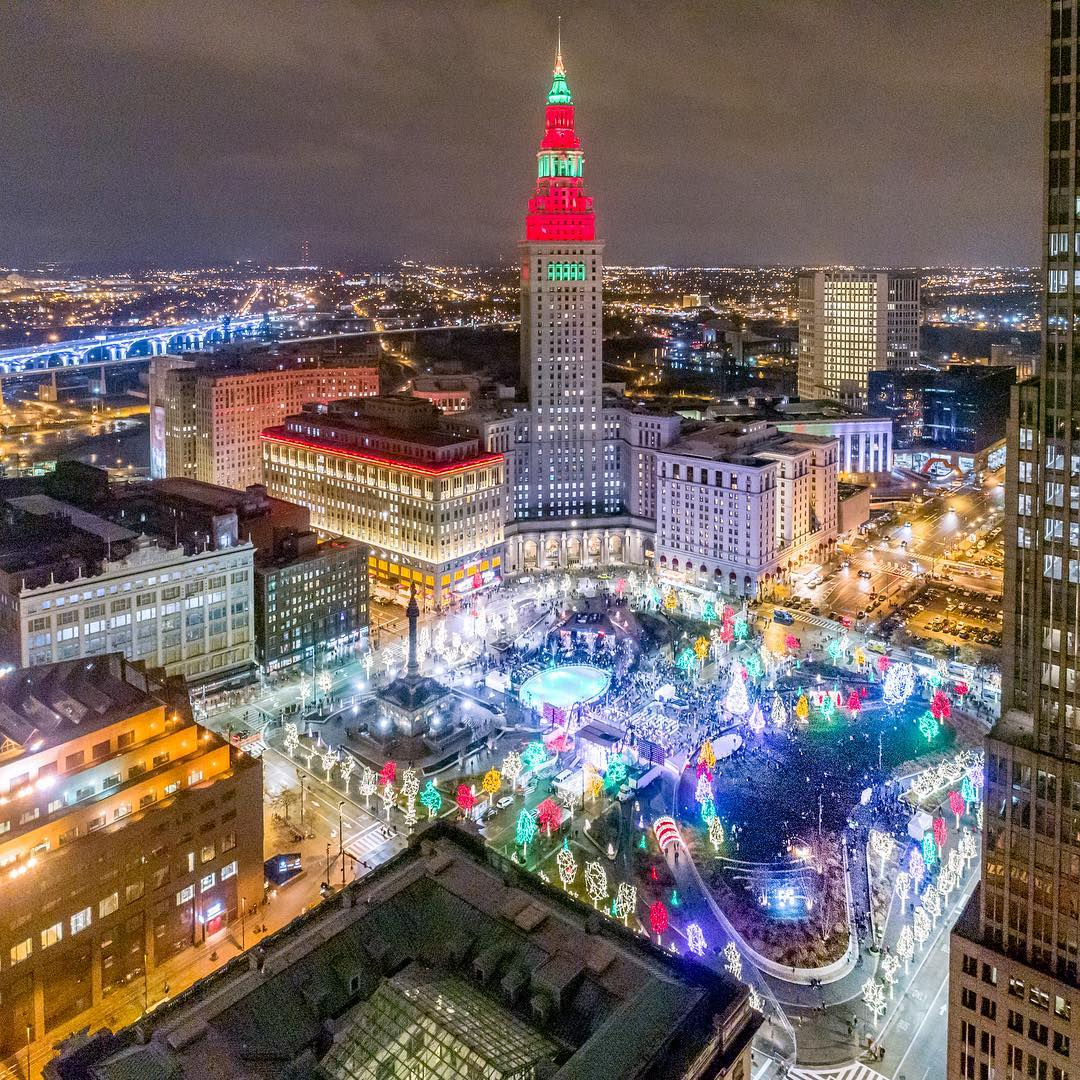 Doesn't Cleveland look breathtaking all lit up for the holidays? 🎄✨  Photo: @aerialagents